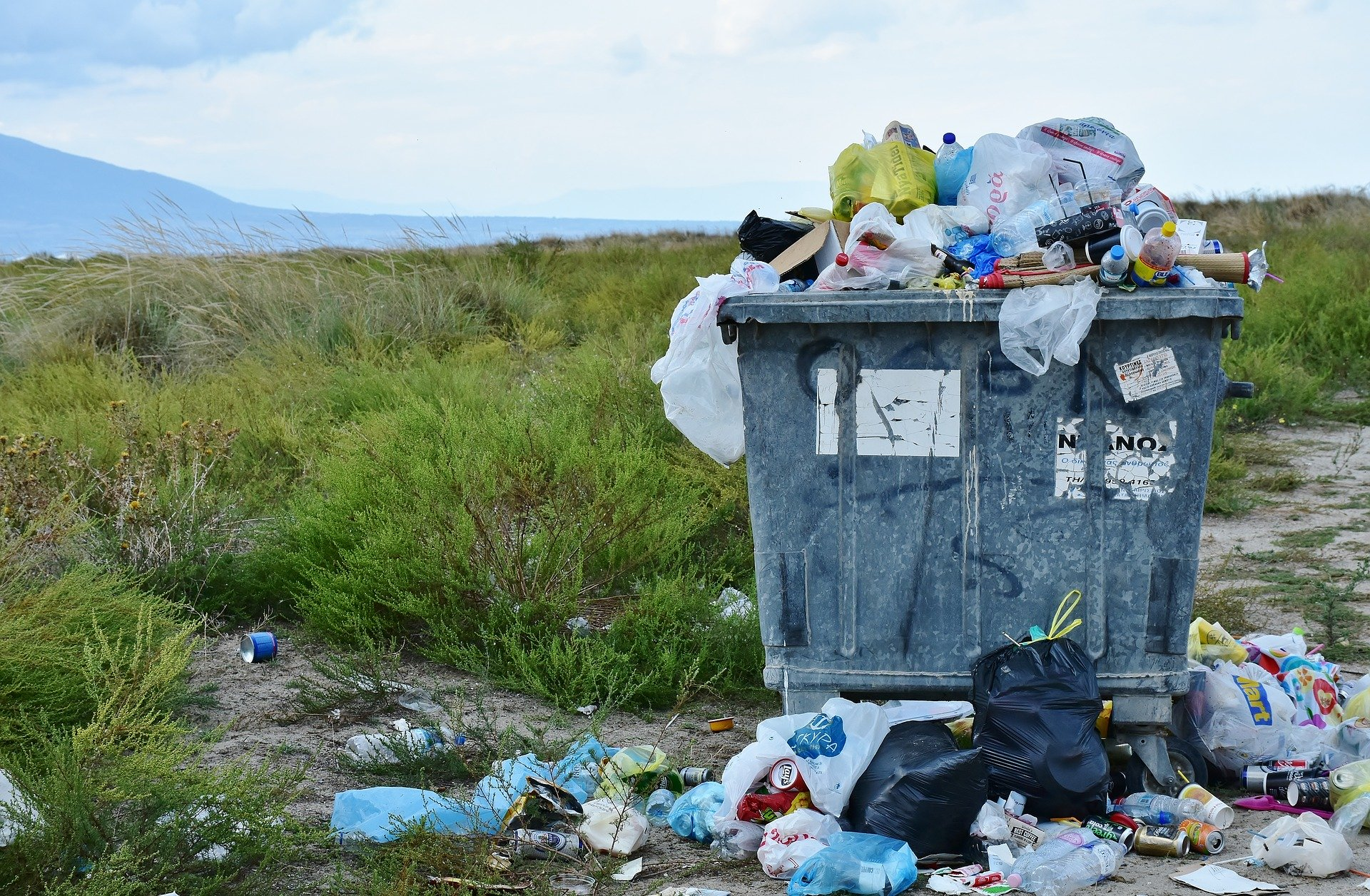 IUK Launches Designing Sustainable Plastic Solutions Competition